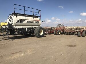 Bourgault 3310, 6450 tow between air drill.
