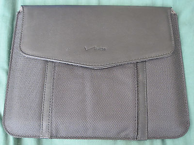Verizon Universal Tablet Sleeve with Pouch for iPad/iPad 2 /