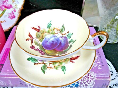 REGENCY tea cup and saucer yellow orchard fruits pattern teacup 1950s England