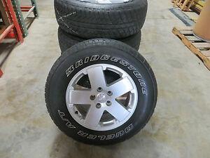 07 14 jeep wrangler wheel tire package 18 pull off set rim silver 5 spoke oem. Black Bedroom Furniture Sets. Home Design Ideas