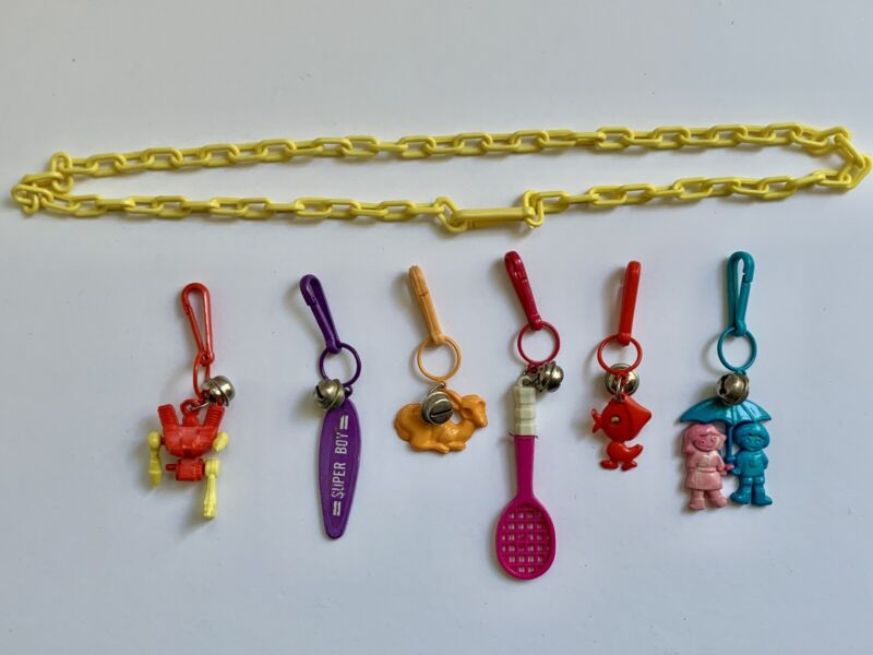 VINTAGE 1980s BELL CLIP PLASTIC CHARMS LOT & NECKLACE TOYs 80s CHARMS!!