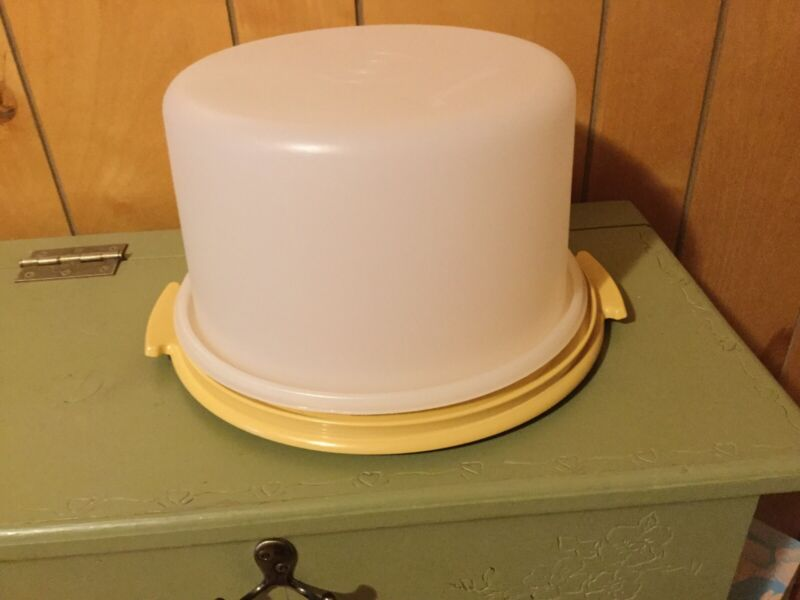 "TUPPERWARE Large 12"" MAXI Cake & Pie Taker #1256 Carrier Harvest Gold Vintage"