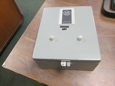 Allen-bradley Enclosed Starter 715-aaa12 120v Coil Size 0 Used