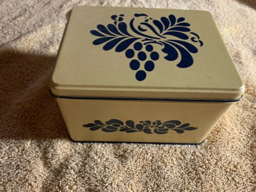 Pfaltzgraff Folk Art  Metal Recipe Box & Lid  Cobalt Blue Design