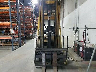 Hyster Electric Sit Down Fork Lift. 5000lb Capacity. Very Reliable Lift.