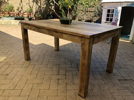 solid wood table and 8 chair dining tables gumtree australia