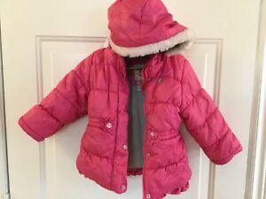 Size 3 T girl's pink osh kosh winter jacket with hood