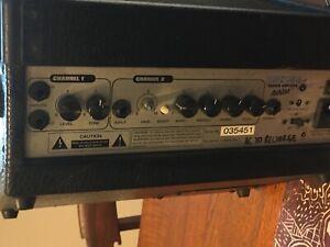 Guitar Amplifier Ashton BSK158 Battery/DC.