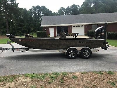 2017 G3 Bay 20 DLX Duck Fishing Boat