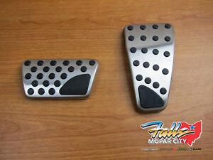 dodge ram pedals ebay09 18 dodge ram 1500 5500 gas accelerator \u0026 brake pedal kit mopar oem