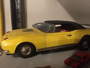 Old Camaro tin toy