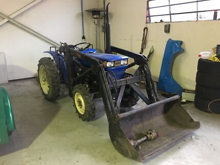 Iseki front end loader tractor with slasher and rotary hoe Rowville Knox Area Preview