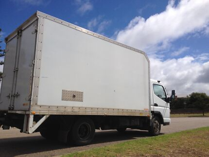 Melbourne Cheap Furniture Removal tail lift truck tailgate