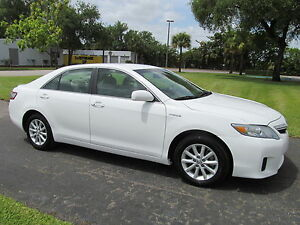 2010-Toyota-Camry-WHOLESALE