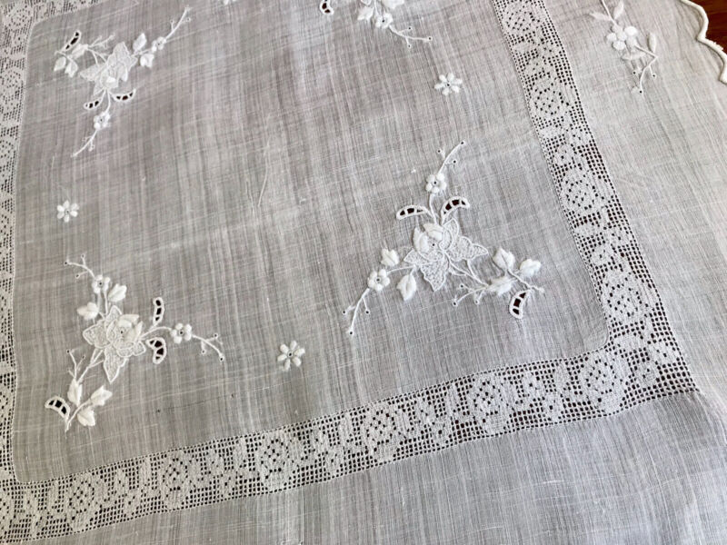 VINTAGE Hand Embroidered Lace White Pina Linen large Table Cloth Centre