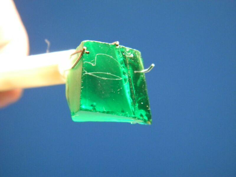 Yag (Yttrium Aluminum Green Garnet) 14.04gms.