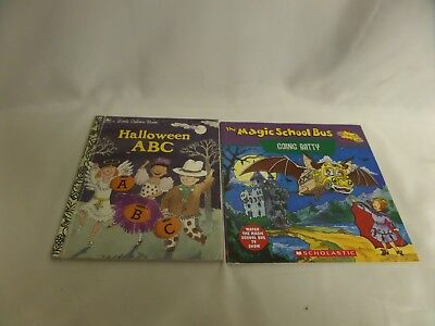 "LOT OF 2 HALLOWEEN BOOKS ""HALLOWEEN ABC"" & ""THE MAGIC SCHOOL BUS GOES BATTY"" (The Magic School Bus Halloween)"