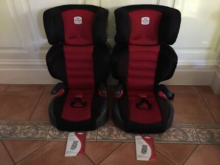 x2 Britax Safe-n-Sound Hi-Liner SG - Excellent Condition