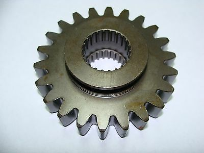 Kubota Tractor Transmission Gear Part Unknown 22 Tooth - 22 Spline Oem - New