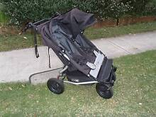 Mountain Buggy Duet 2012 Double pram with carry cots Cronulla Sutherland Area Preview