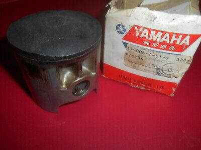 328-18511-00 NOS Yamaha Shift Fork TZ350 1972 TD2 1973 TZ250 W2507
