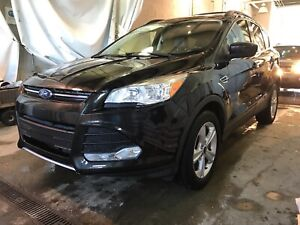2015 Ford Escape Loaded with Leather, Sun &NAV! SE
