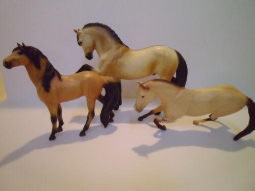 Lot of 3 Breyer Plastic Horse Models