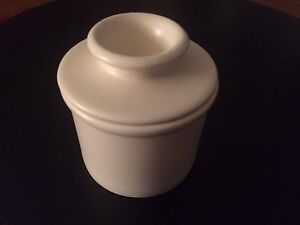 Ceramic Butter Bell Crock - as new Kitchener / Waterloo Kitchener Area image 2