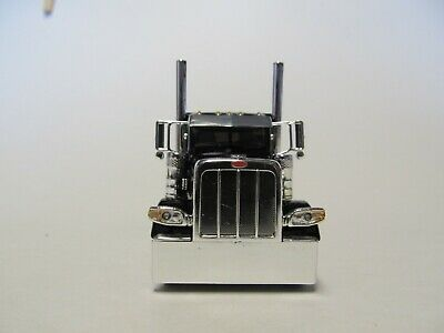 DCP FIRST GEAR 1/64 SCALE 389 PETERBILT FLAT TOP, BLACK & CHROME, FRAME COVER 3