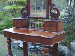 Victorian Dressing table ,other dressing tables / draws, antiques
