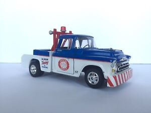 Diecast SpecCast 1957 chevy/chevrolet aaa towing