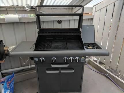 Matador Boss 4 burner BBQ Excellent Condition
