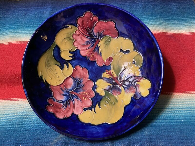 "MOORCROFT Hibiscus 7.25"" Footed Bowl Cobalt Made in England 1900-1950 Pottery"