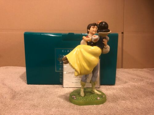 """WDCC Snow White and Prince """"Fairytale Ending"""" + Box & COA"""