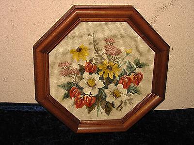 Ecke Gerahmt (Gobelin Handarbeit gestickt gerahmt 8eck Holzrahmen Motiv  Blüten Blume Sammler )