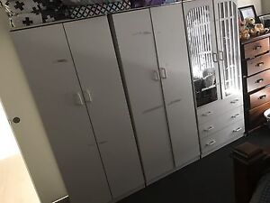x3 cupboard / wardrobe set Macquarie Links Campbelltown Area Preview