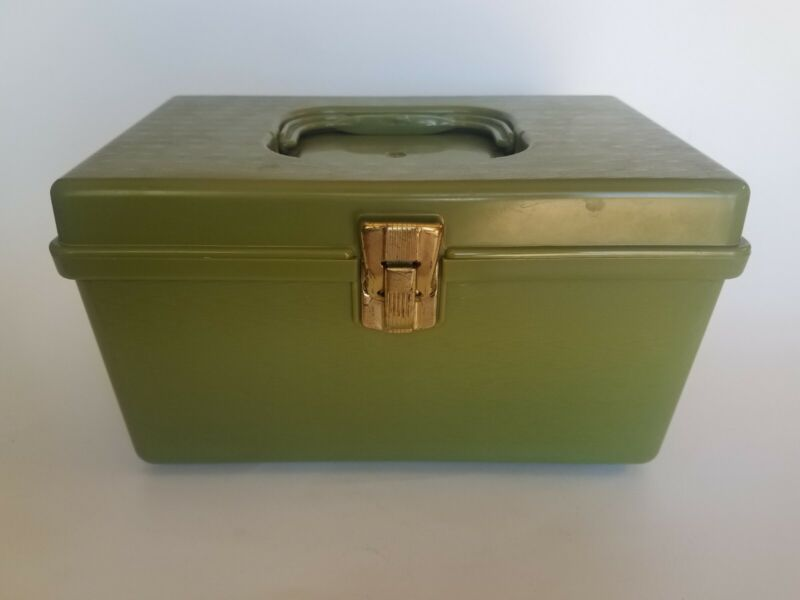Vintage Wil-Hold Wilson Mfg. Green Sewing Box Plastic Pullout Tray Retro Case