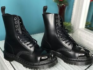ALMOST NEW DR MARTENS BOOTS