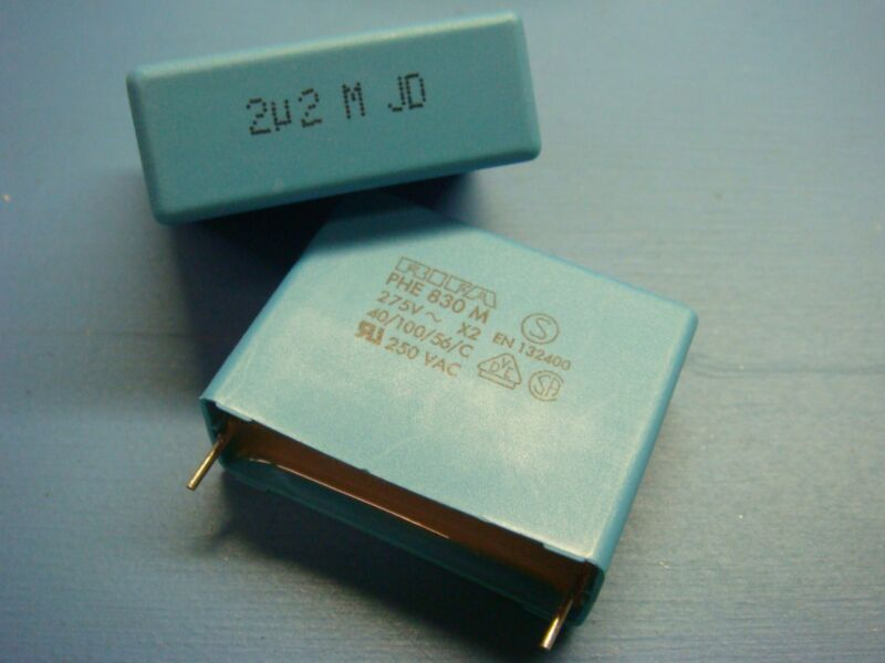 (10) EVOX RIFA PHE830MR7220MR06L2 2.2uF 275V 20% RADIAL POLYESTER CAPACITOR
