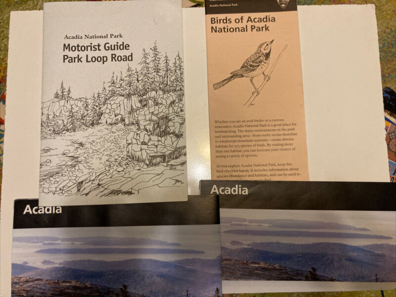 Lot of 4 Booklets / Maps Acadia National Park Motorist, Bird guides, 2 park maps