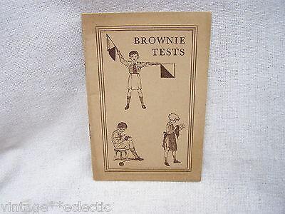 BROWNIE TESTS by V. RHYS DAVIDS ~ HINTS BROWN OWL GOLDEN BAR HANDS ~ 1940s?