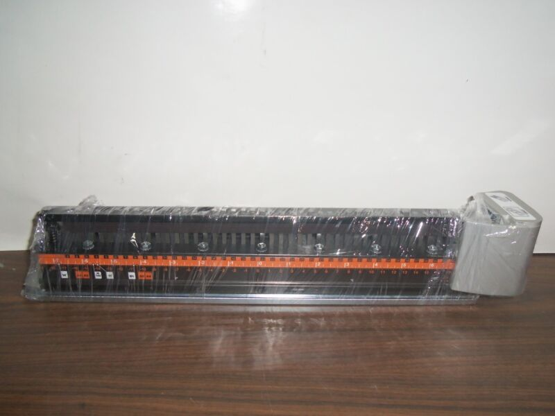 GBC 7705630 MagnaPunch 2.0 WireBind 3:1 Square Holes Die Set