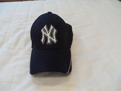 18545a89aa582 NEW Boy s New York Yankees Blue Official New Era Batting Practice Cap with  Trim