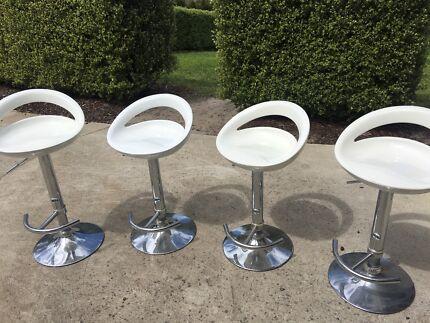 4 White Bar Stools