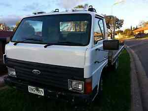 Ford Trader Truck Craigmore Playford Area Preview