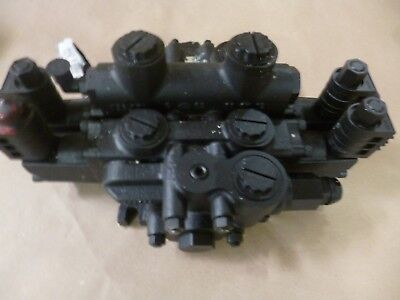 Grove Crane Atec At422-t Hydraulic Valve Assembly 7926003712  4810-01-477-8516