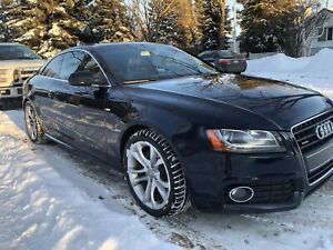 Audi A5 S-Line QUATTRO with sports package in mint condition