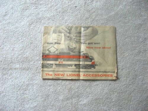 1956 LIONEL TRAINS  ACCESSORY CATALOG   VERY GOOD