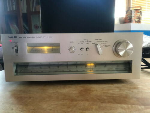 VINTAGE Hitachi 1970s FT-440 AM FM Stereo Tuner in Silver TESTED
