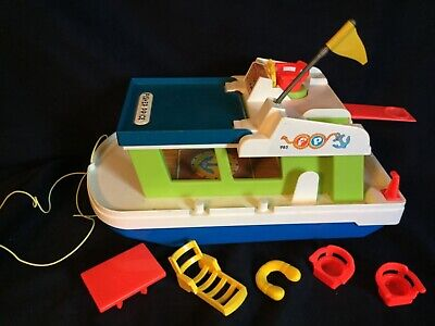 Vintage Fisher Price Play Family House Boat. From the 70's. Great condition